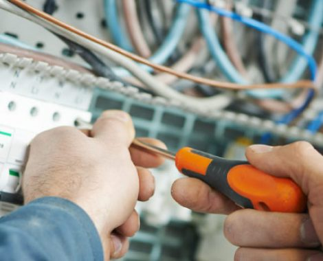 electrician-injured-at-work